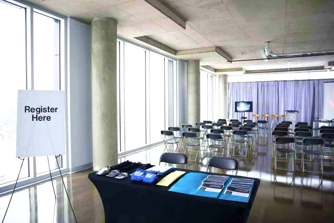 Book your corporate event at Skyline